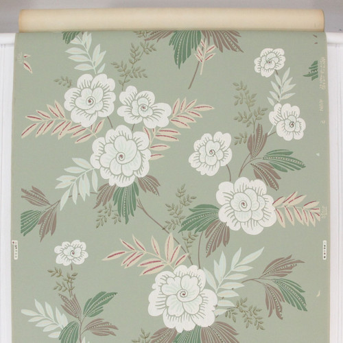 1940s Vintage Wallpaper White Flowers on Green Red Accents