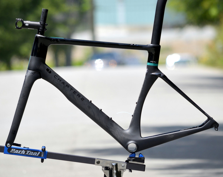 Chapter2 Rere Disc Brake Frameset Matte & Gloss Black