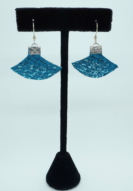 JP $49 Fish skin Ulu earrings