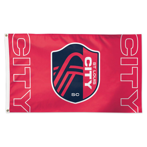 Fly your fandom with the 3' x 5' Deluxe Flag. Made with durable fabric, two grommets, and quality stitching, including a quad-stitched fly end. Made in the USA. Officially licensed.