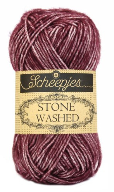 Scheepjes Stone Washed-Garnet 810