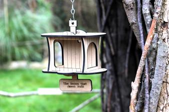 Barrow Wood - The Original  Bird Feeder
