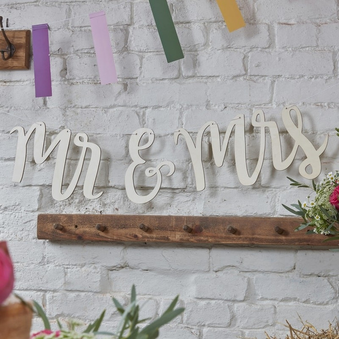 Wooden Bunting - Mr & Mrs - Boho