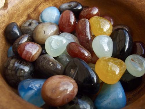 Mixed Onyx Tumbled stone