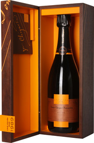 Veuve Clicquot 1989 Cave Privee Rose 750ml
