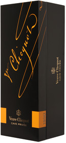Veuve Clicquot 1990 Cave Privee Rose 750ml