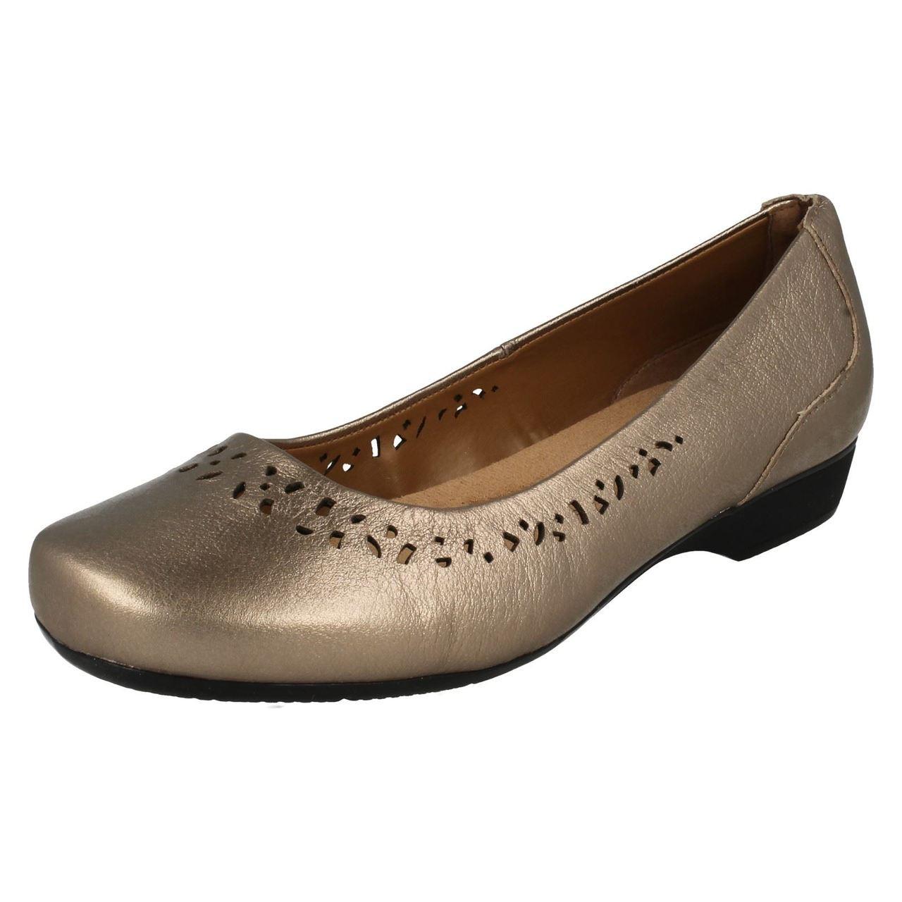 Ladies Clarks Cushion Soft Shoes