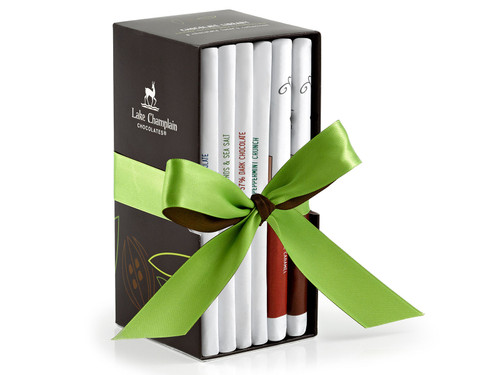 Classic Organic Chocolate Bar Library gift set View Product Image