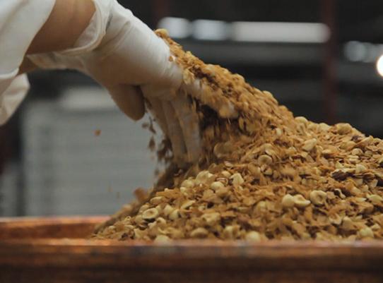 hand-mixing granola