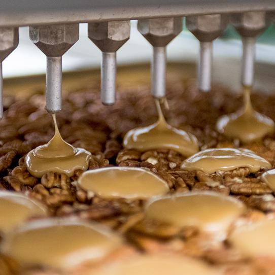 making pecan caramel clusters