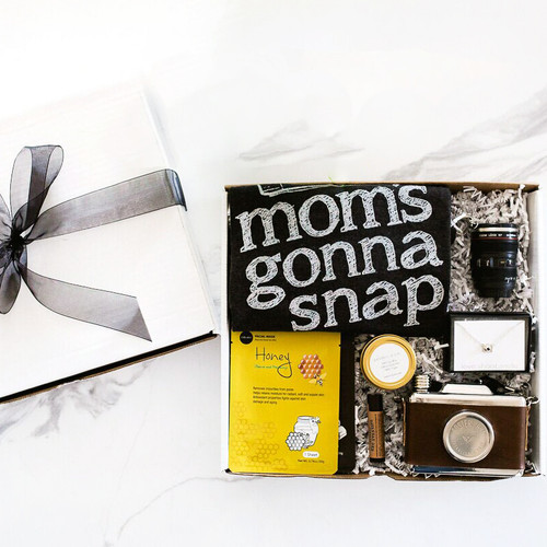 Mom's Gonna Snap Gift Set