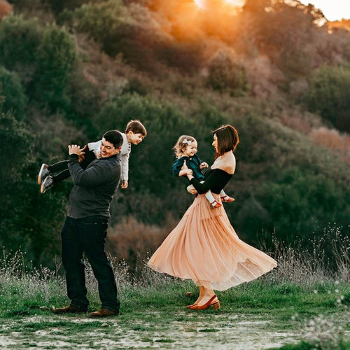 Like a Dream: Creating Dramatic and Emotive Family Photographs with Sarah Christensen