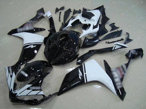 2007 2008 YAMAHA R1 black and white fairing