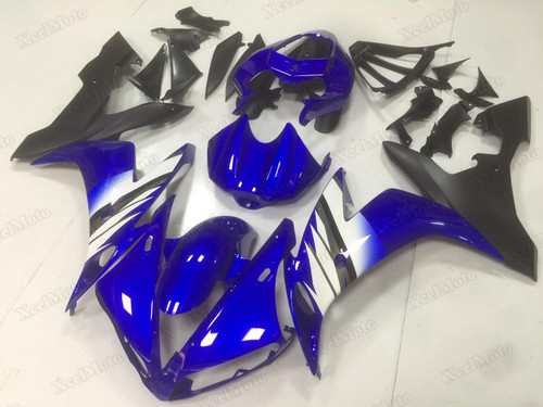 2004 2005 2006 Yamaha R1 blue and black fairings.