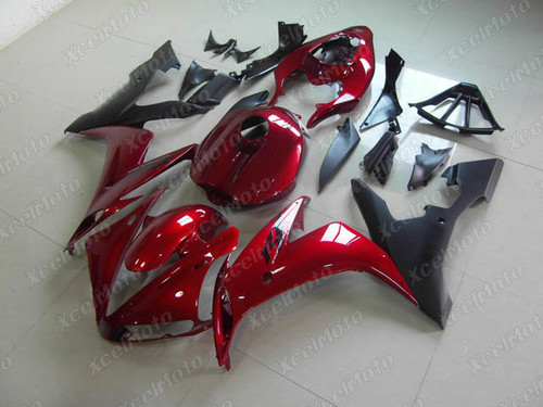 2004 2005 2006 YAMAHA R1 candy red and matte black fairing