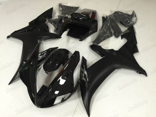 2002 2003 Yamaha R1 black fairings and body kits, Suzuki 2002 2003 Yamaha R1 OEM replacement fairings and bodywork.