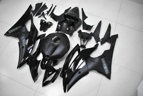 2008 to 2016 Yamaha R6 black fairing