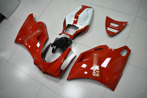 Ducati 916 Desmoquattro red fairing
