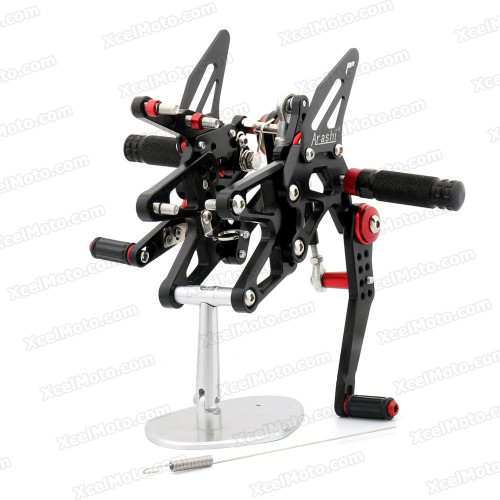 Motorcycle Rear Sets Assembly for 2013 2014Triumph Daytona 675, Triumph Daytona 675 original rear sets replacement.
