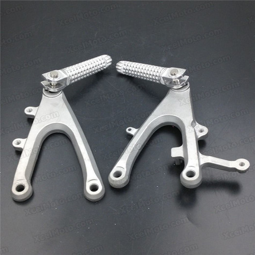 2004 2005 2006 Yamaha YZF-R1 rider/front foot pegs and mount bracket assembly. Honda CBR600RR foot rest and holder assembly.