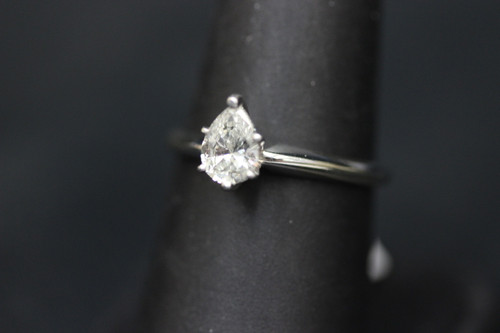 14K White Gold 0.70ct Pear Solitaire Diamond Engagement Ring - Sz 7.75