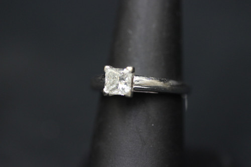 14K White Gold MagicGlo 1.02ct Princess Cut Solitaire Engagement Ring - GSI