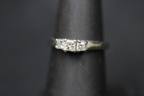 14K White Gold MagicGlo Three Stone Diamond Trellis Setting Ring - 0.55cttw