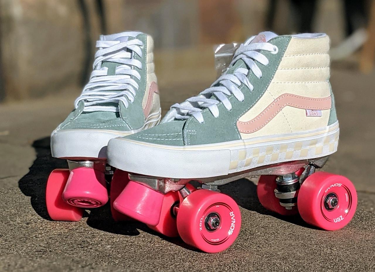 Vans custom Roller Skates - Sk8 - Hi Pro Washout Blue / Antique