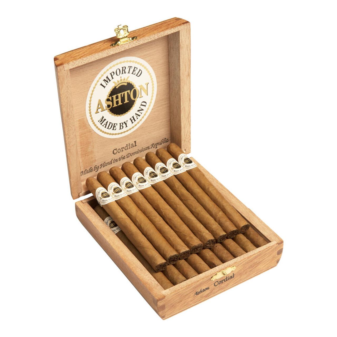 Ashton Majesty Cigars - 6.0 x 56 (Box of 25)
