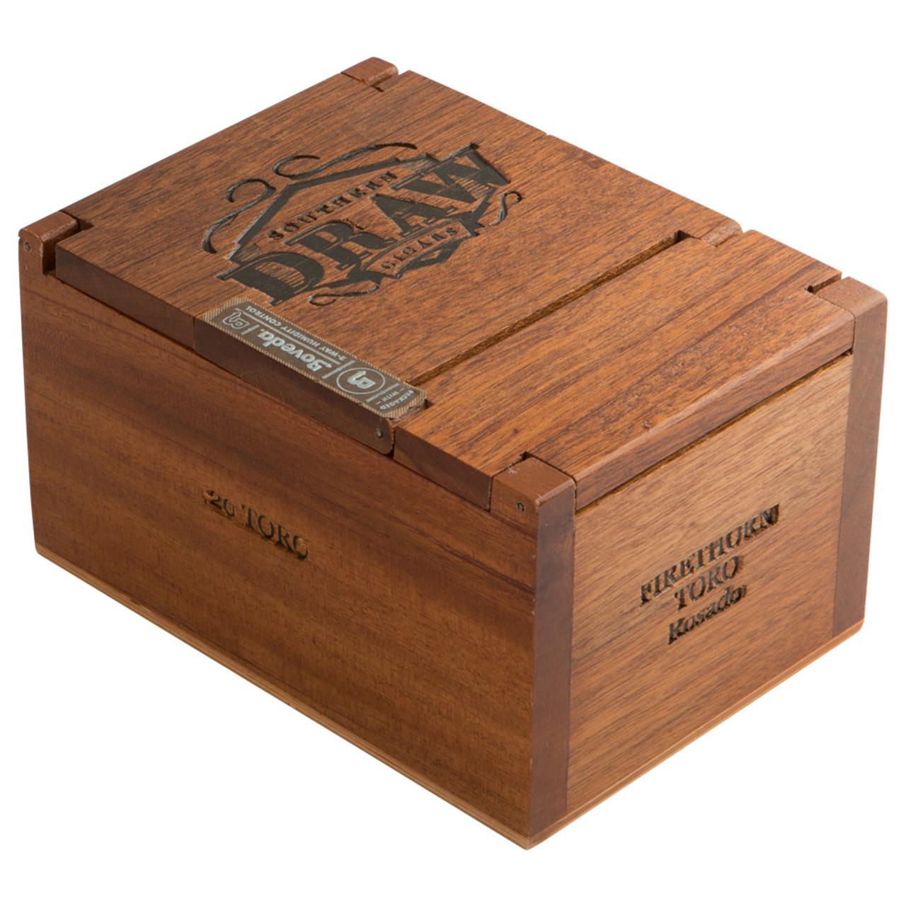 Southern Draw Firethorn Toro Cigars - 6 x 52 (Box of 20)