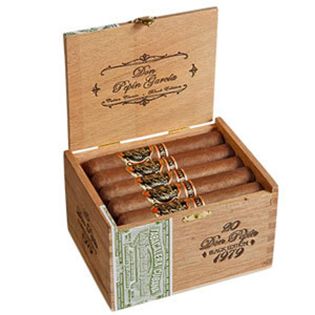 Don Pepin Garcia Clasicos Black Edition 1979 Robusto Cigars - 5 x 50 (Box of 20)
