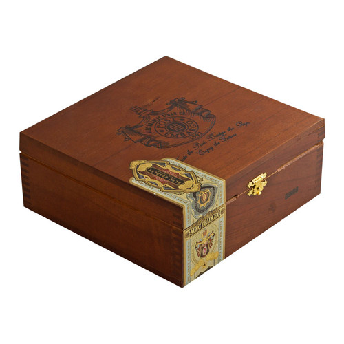 Alec Bradley Post Embargo Robusto Cigars - 5 x 52 (Box of 20)