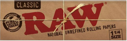 Raw Classic 1 1/4 Rolling Papers Natural unrefined