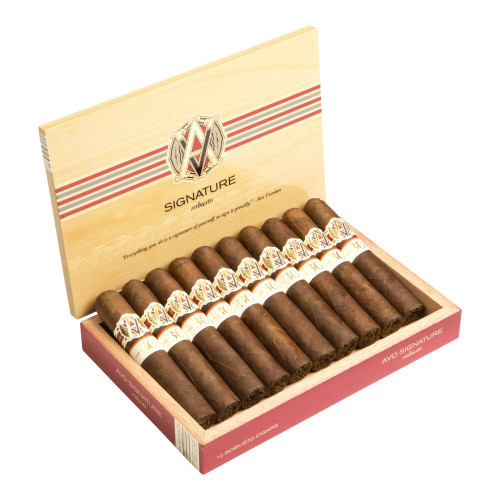 AVO 30 Years Signature Double Corona Cigars - 7.0 x 50 (Box of 10)