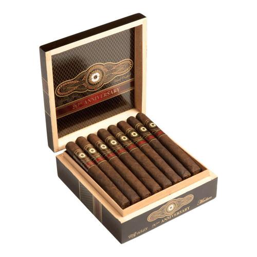 Perdomo 20th Anniversary Maduro Corona Grande Cigars - 6.5 x 48 (Box of 24)