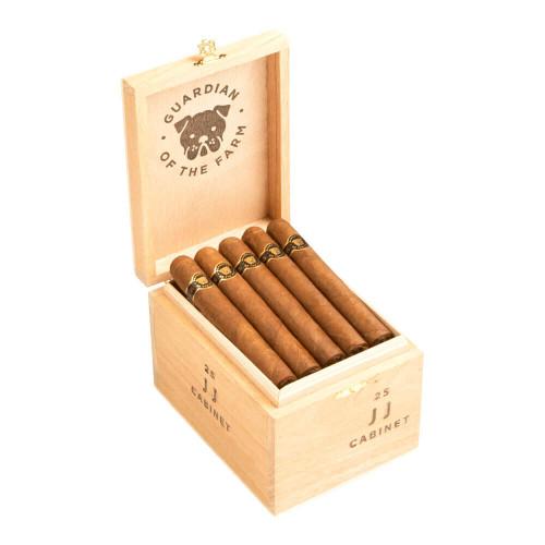 Casa Fernandez Guardian Of The Farm JJ Cigars