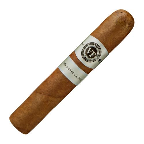 VegaFina Sumum Edicion Especial 2010 Robusto Cigars - 5 x 54 (Box of 16)