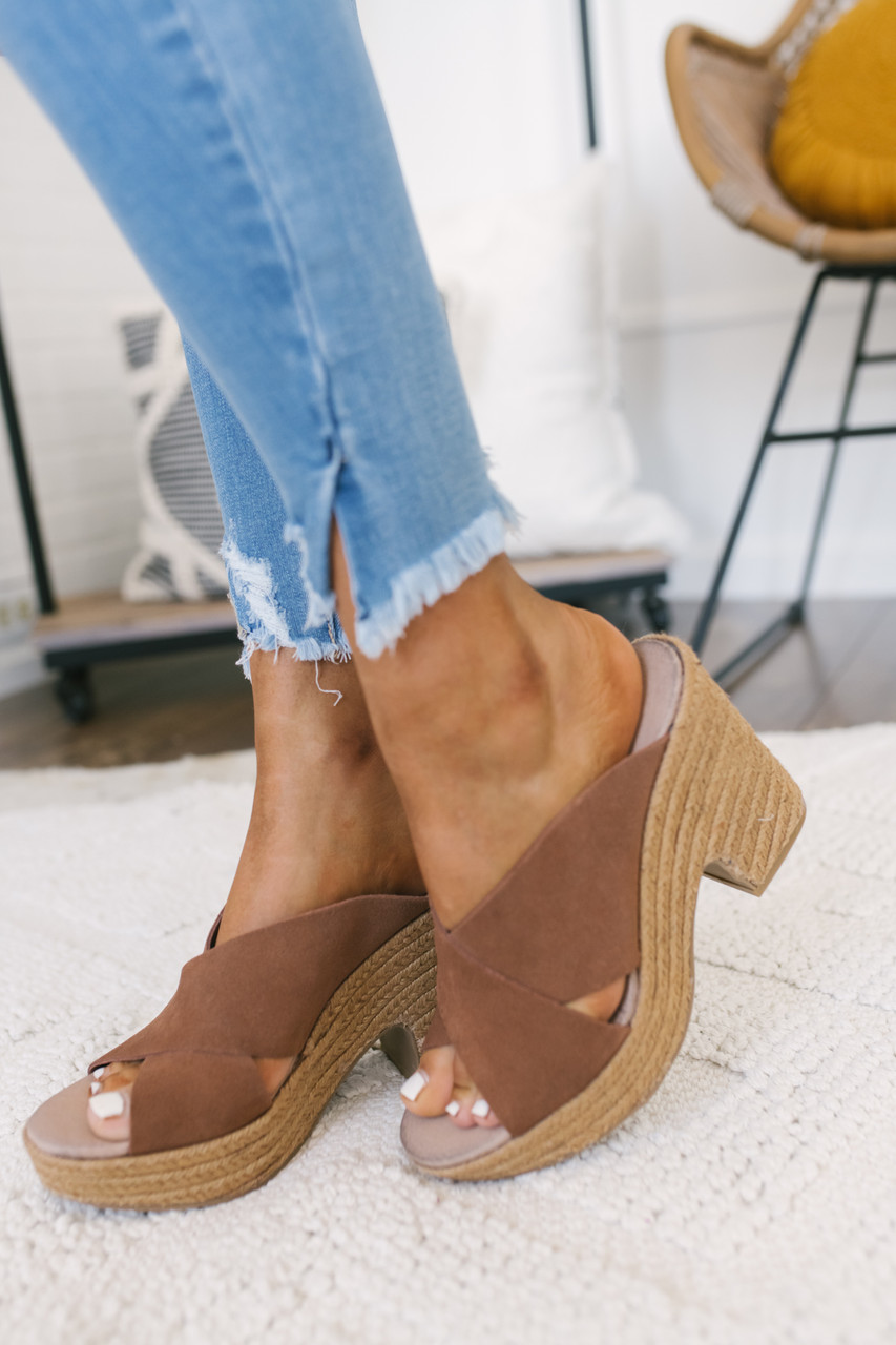 aadb528fe67 Chinese Laundry Quay Espadrille Wedges - Brown