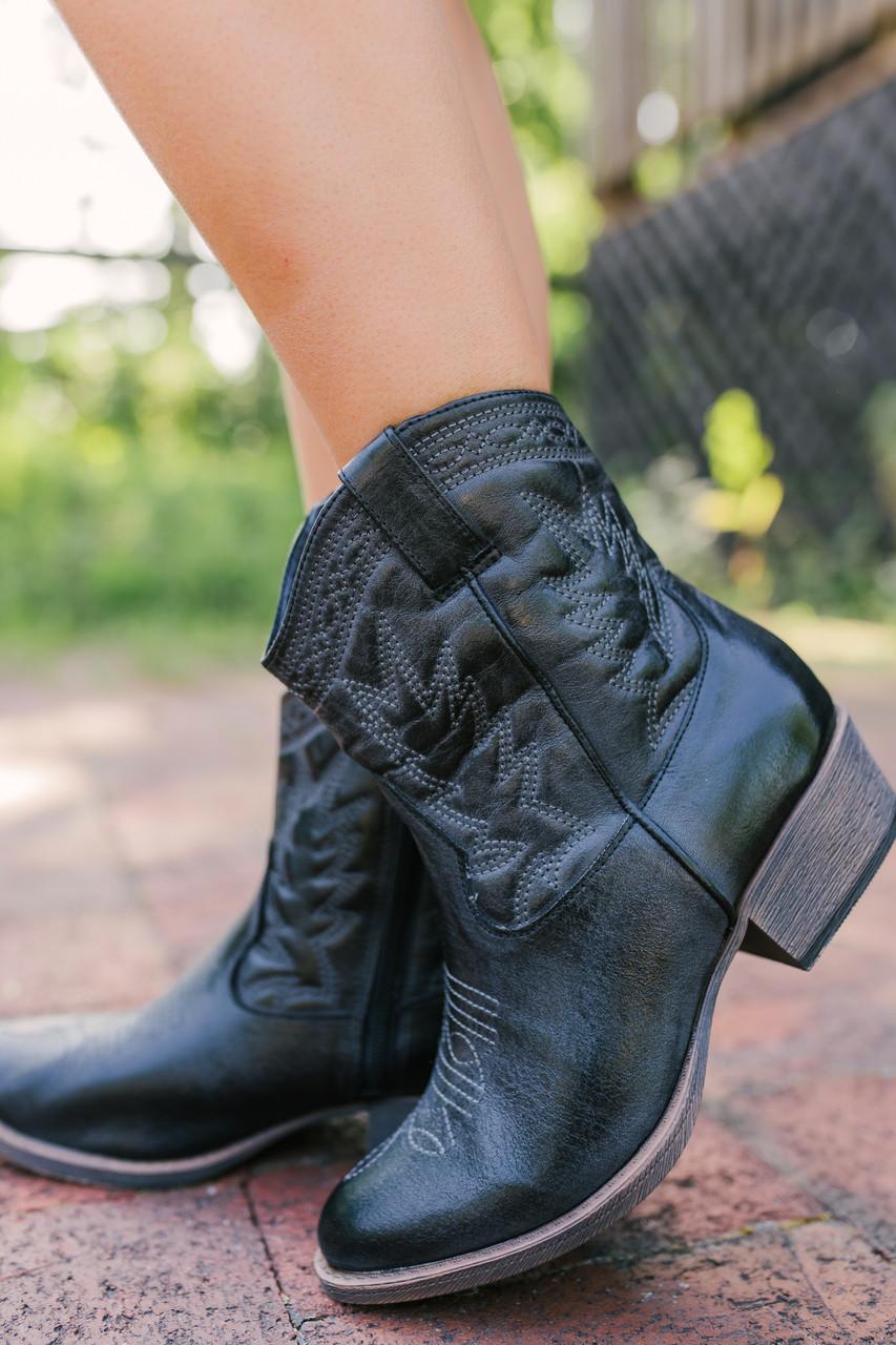 e75c920bec1 Coconuts by Matisse Pistol Cowboy Boots - Black