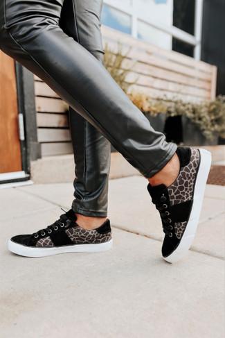 Very G Tristin Contrast Giraffe Sneakers