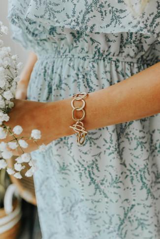 Circle Linked Gold Bracelet