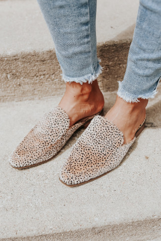CL by Laundry Softest Cheetah Mules