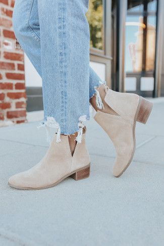 Coconuts by Matisse Caruso Natural Booties