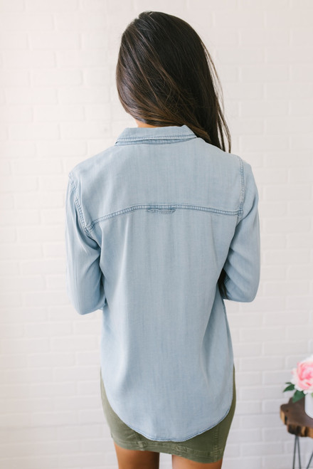 Button Down Roll Tab Chambray Top - Light Wash