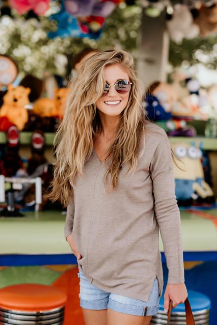 Lightweight V-Neck Sweater - Mocha