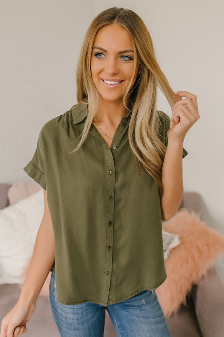 Everly Classic Button Down Top - Olive