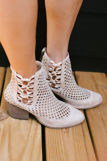 Coconuts by Matisse: Walk On Booties - White/Tan - FINAL SALE