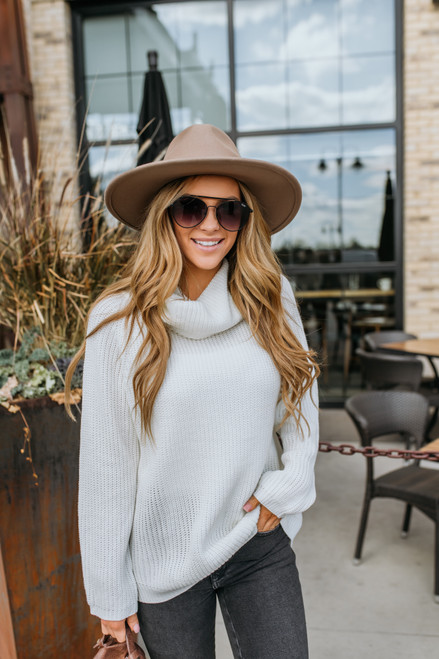 Mountain Lodge Cowl Neck Sweater - Ivory