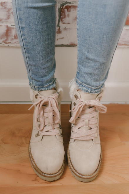 Dirty Laundry Casbah Shearling Booties - Cream