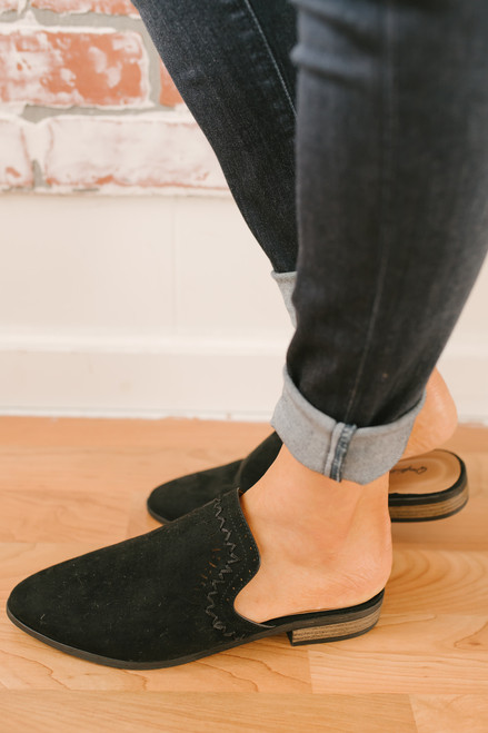 Italy in Autumn Stitched Mules - Black - FINAL SALE